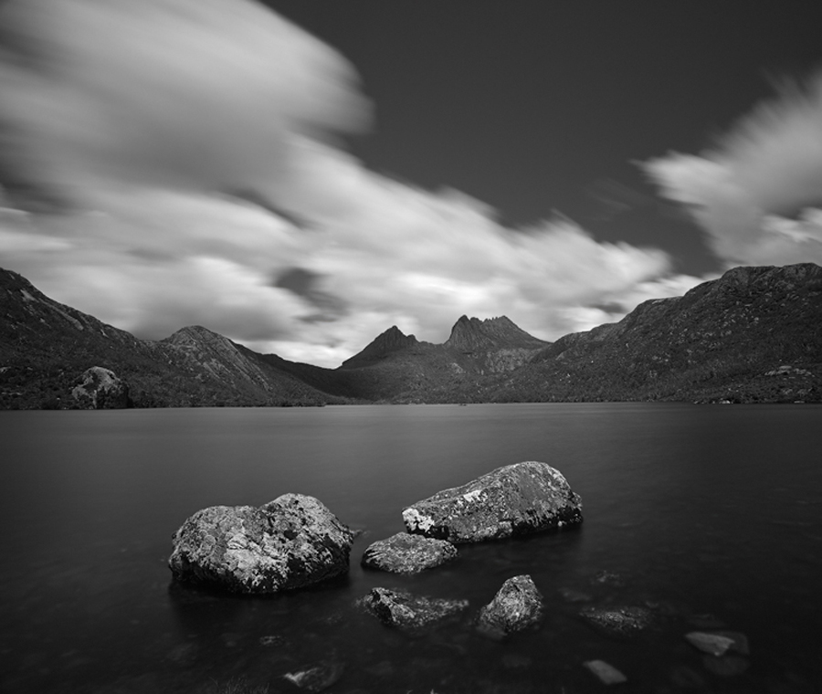 Dove_Lake_BW500.jpg
