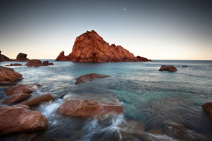 sugarloaf_rock_moon500.jpg