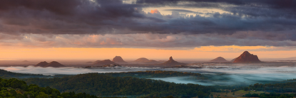 glasshousewintermist500.jpg