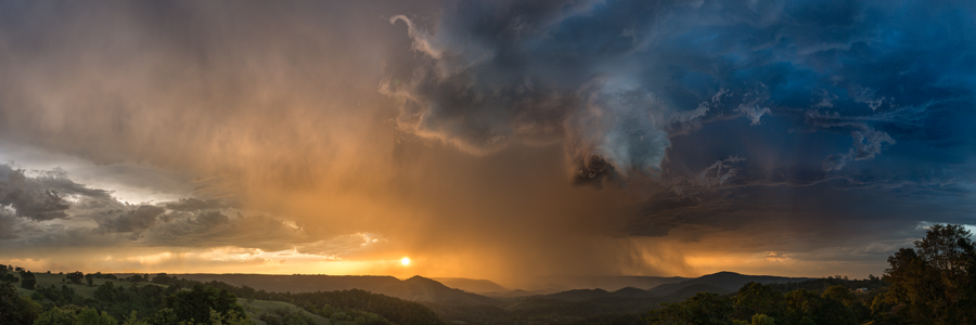 Storm_over_Maleny.jpg